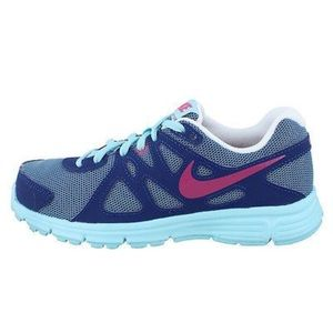 NIKE Revolution 2 Athletic Shoes